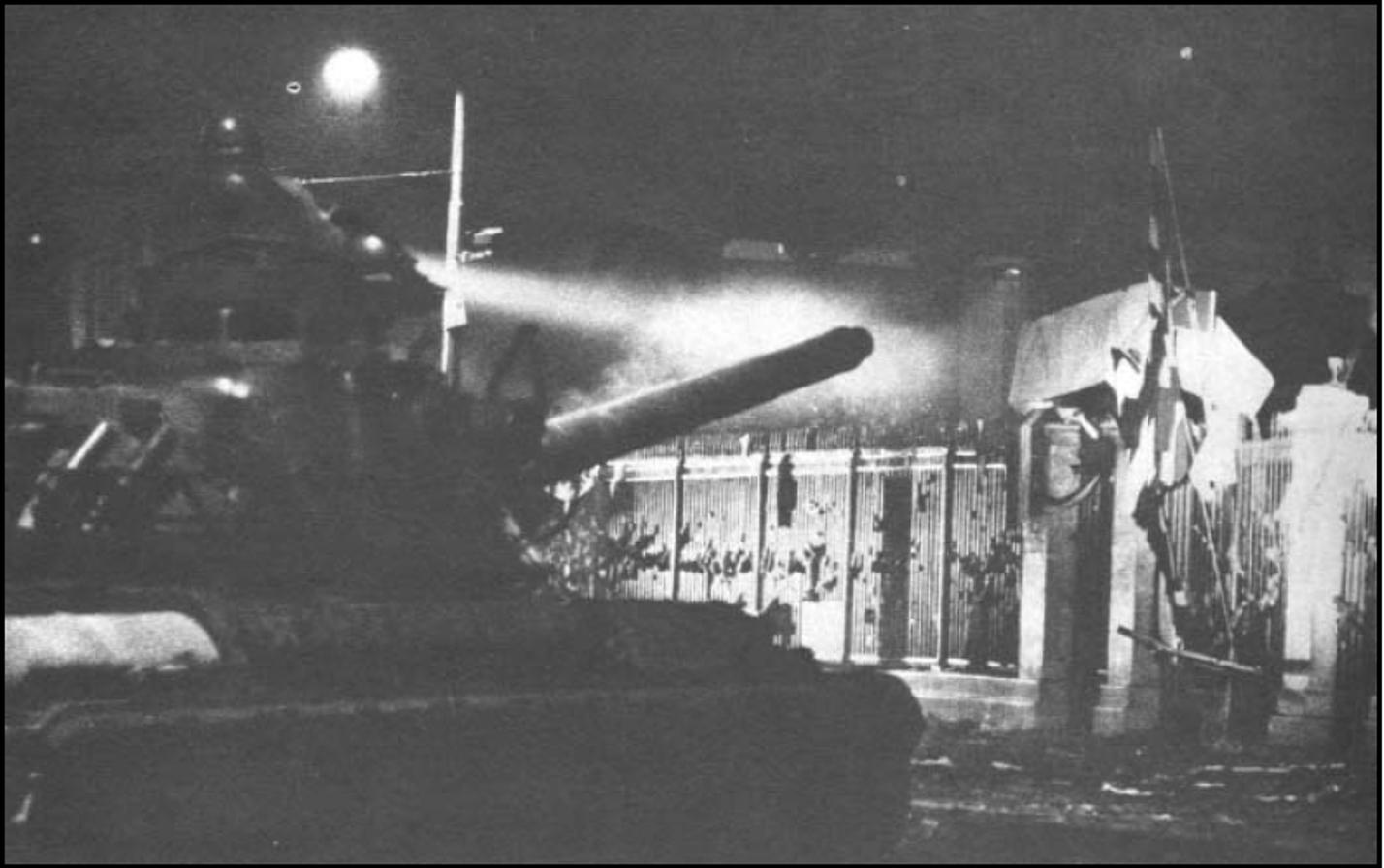 tank-politexneio-2