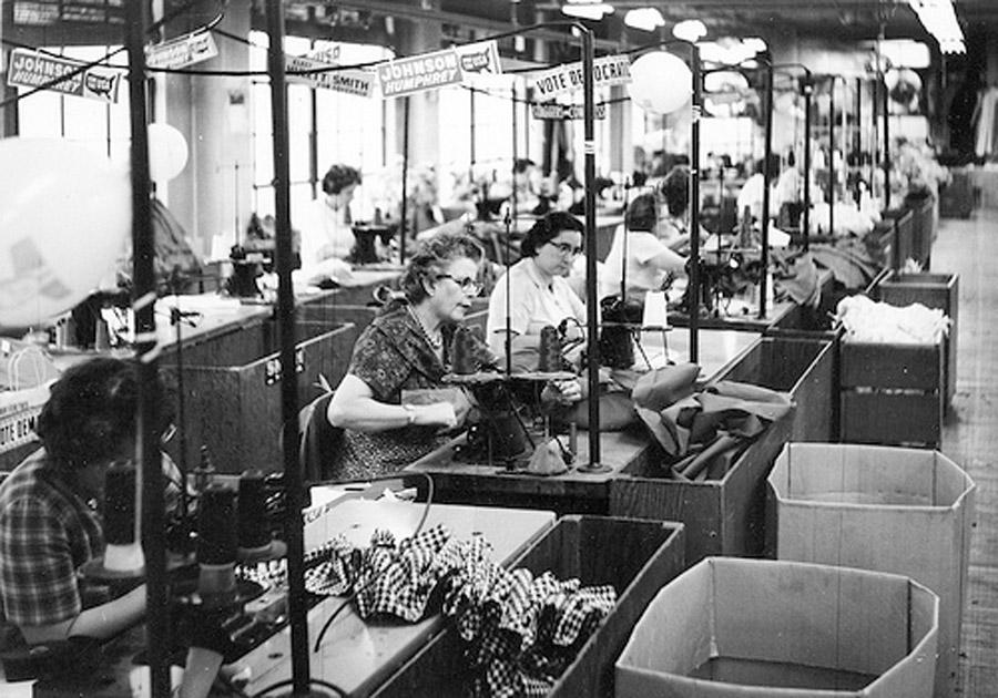 1960Women-Garment-Factory_flickr_creativecommons_Kheel-Center