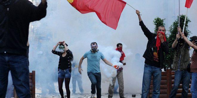 Οι λαοί της Τουρκίας δεν είναι αναγκασμένοι να διαλέξουν είτε την δικτατορία των πραξικοπηματιών είτε την δικτατορία της κλίκας του Ερντογάν