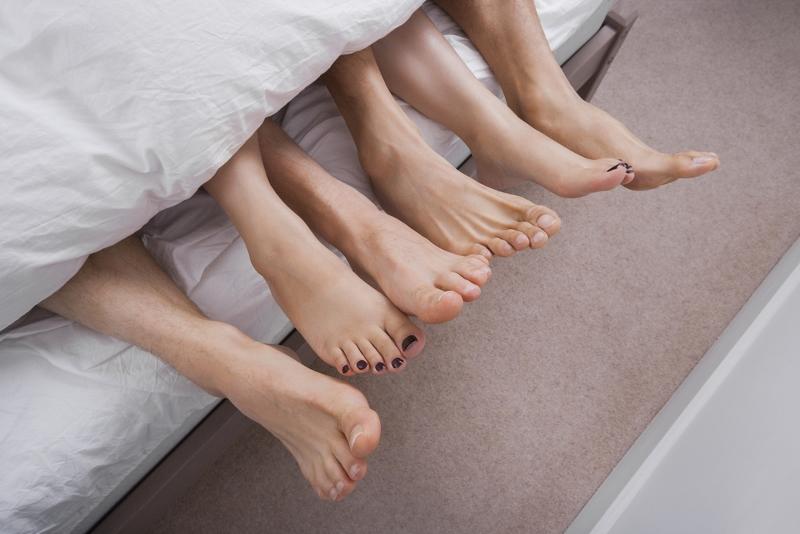 feet-small