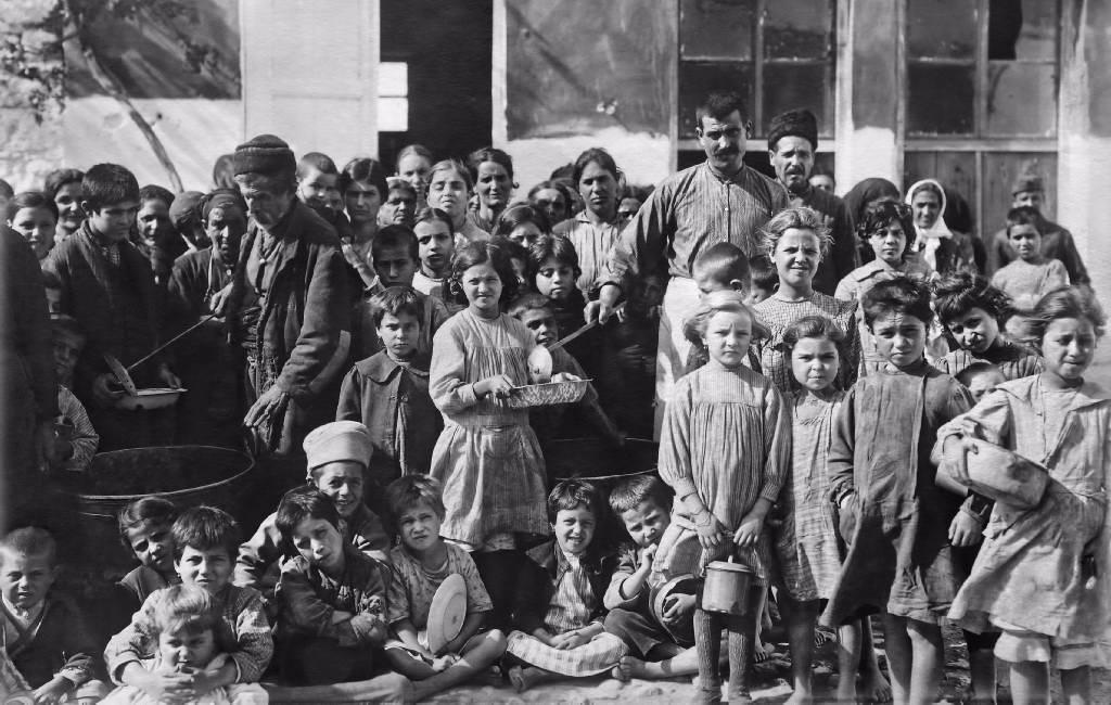 Πρόσφυγες στην Αθήνα (1922)