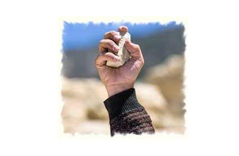 throw-stone-1