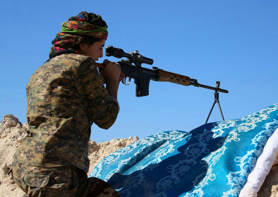 kurdish-fighter-2