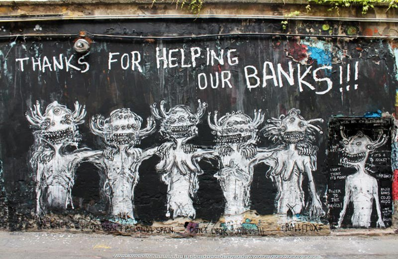 Street_Art_Berlin_Rallitox_Thanks_For_Helping_Our_Banks_11-700x455