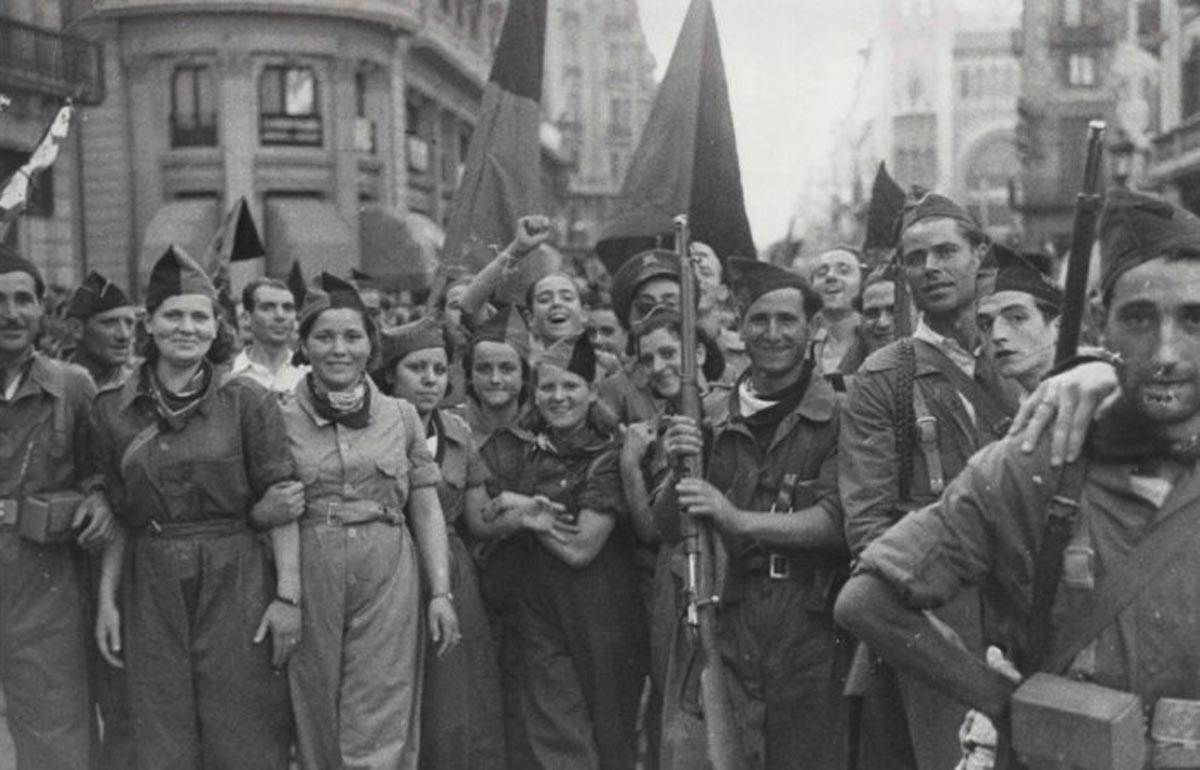 Spain-barricade-7